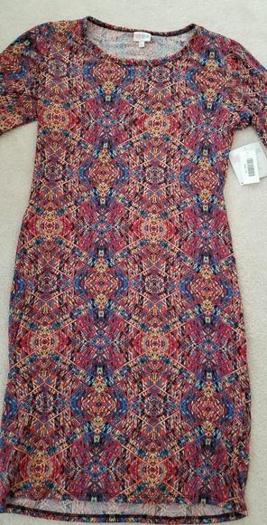 LuLaRoe Dresses & Skirts - Lularoe Julia Dress Size XL